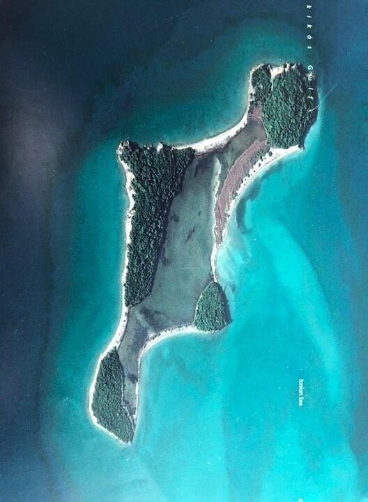 ΠΩΛΕΙΤΑΙ ΚΑΙ ΕΝΟΙΚΙΑΖΕΤΑΙ : Νησι Βουβαλος στον Αμβρακικο Κολπο (Πρεβεζα)